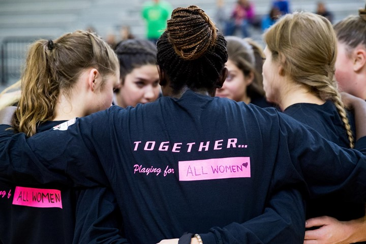 "Gryphon Basketball Teams to Host ""Shoot for the Cure"" Games on Saturday"